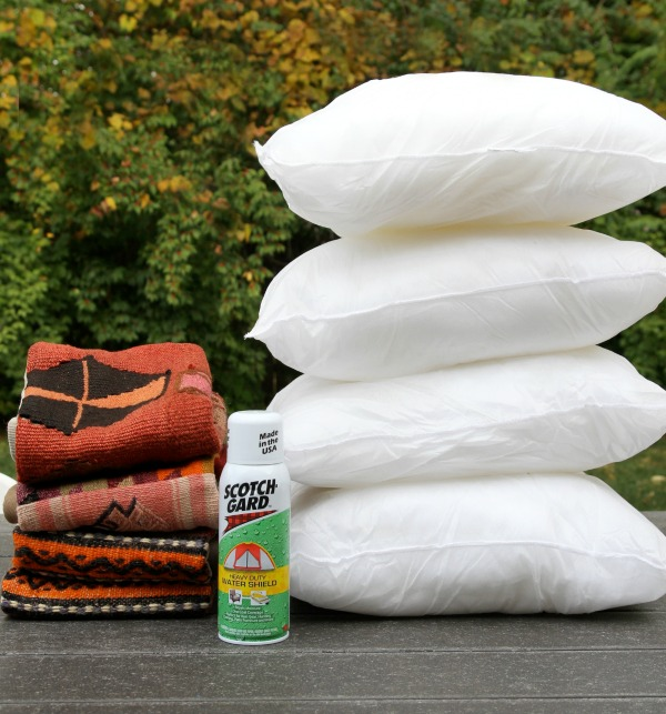 diy-outdoor-pillow-2