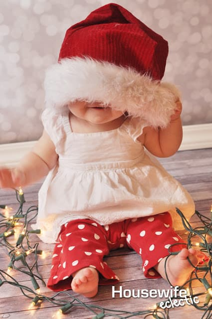 10 Ways To Remember Babys First Christmas Housewife