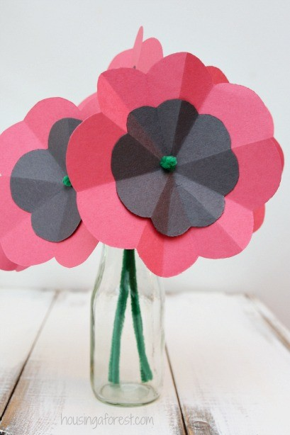 how to make a flower out of construction paper