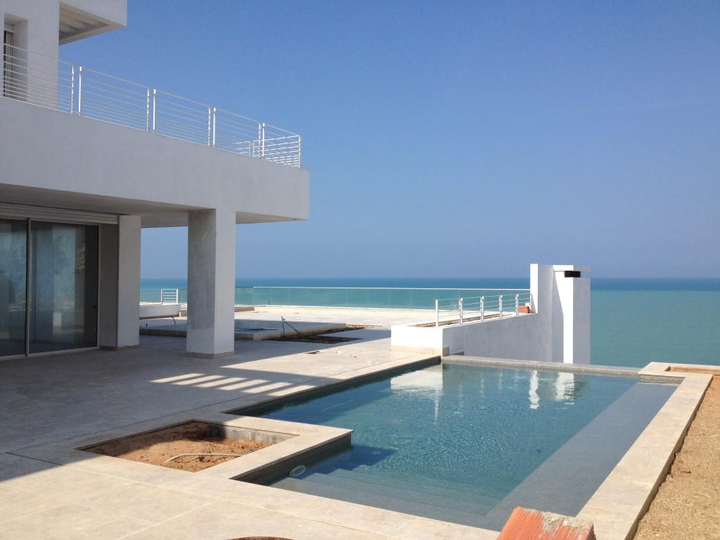 A louer villa trs haut standing avec imprenable sur mer  Housing Immo Tunisie  Agence