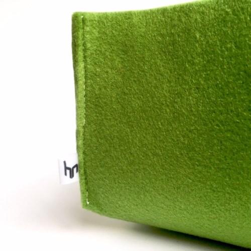 mooie opbergmand van groen vilt voor een stijlvol interieur