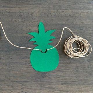 neem een stuk touw om je slinger mee te maken