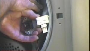 Washing machine door locked: how to repair, replace and