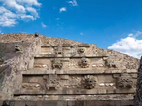 pyramid of Quetzalcoatl