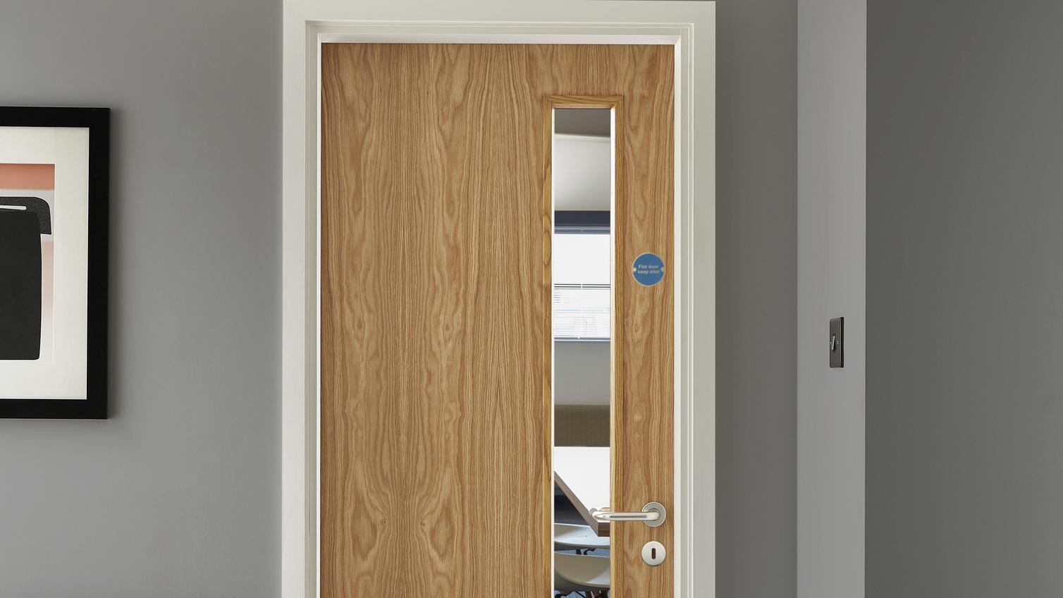 Internal Flush Oak Veneer 20g Glazed Fire Door FD30  Howdens