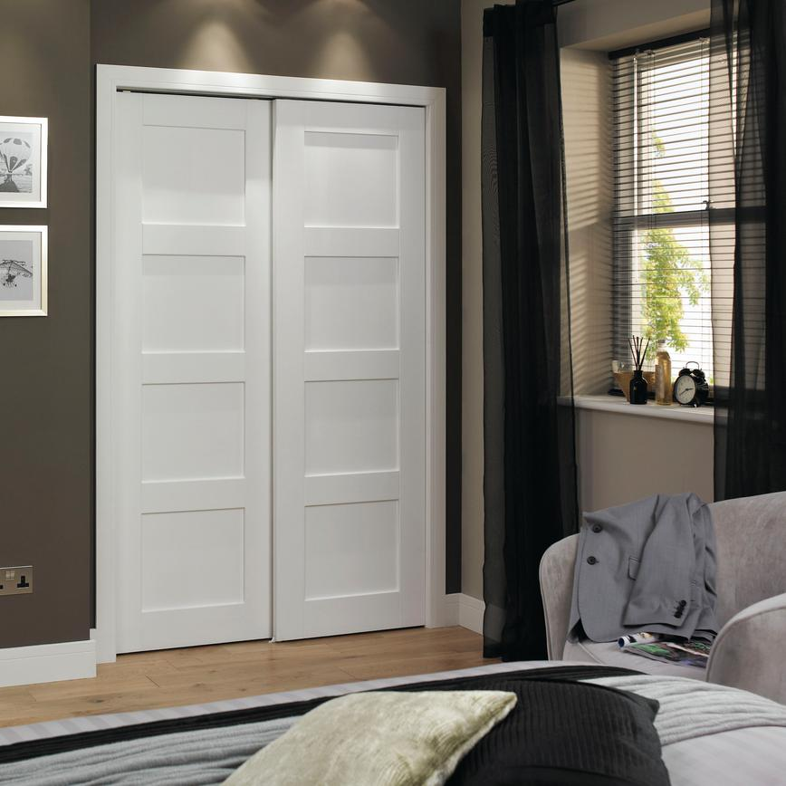 Bedroom Door: Howdens Bedroom Furniture