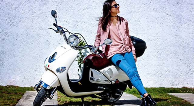 How-to-Ride-Scooty-and-Bike
