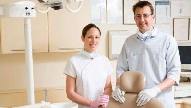محادثة بالألمانية عند طبيب الأسنان