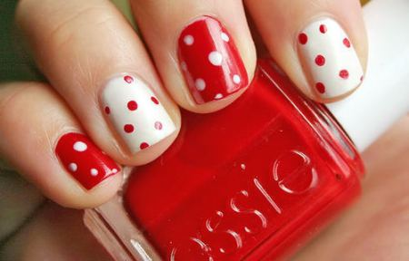 Polka Nail Art Red & White