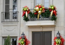 Decorations for balcony on Christmas