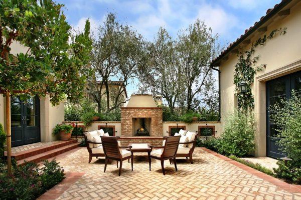Courtyard Patio Design Ideas