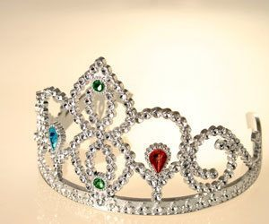 How To Clean A Crown Or Tiara How To Clean