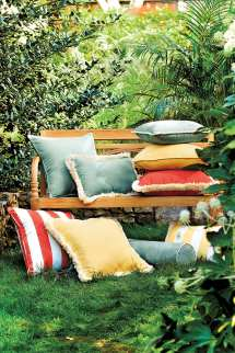 8 Ways Punch Outdoor Room - Decorate