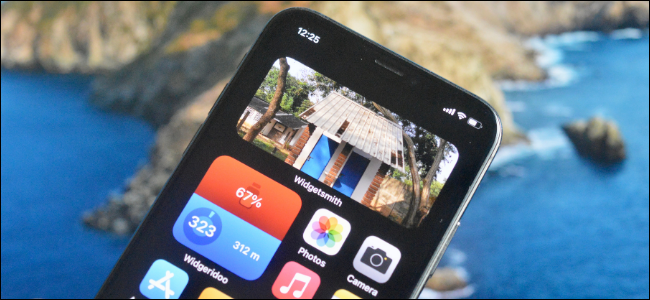 iPhone User Adding Photo Widget to Home Screen