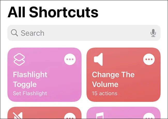The Flashlight Toggle shortcut seen in Shortcuts on iPhone.