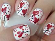 paint heart balloons nail