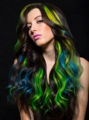 glow in dark hairstyle