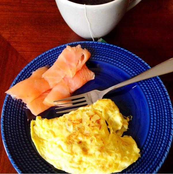 blue plate and mug