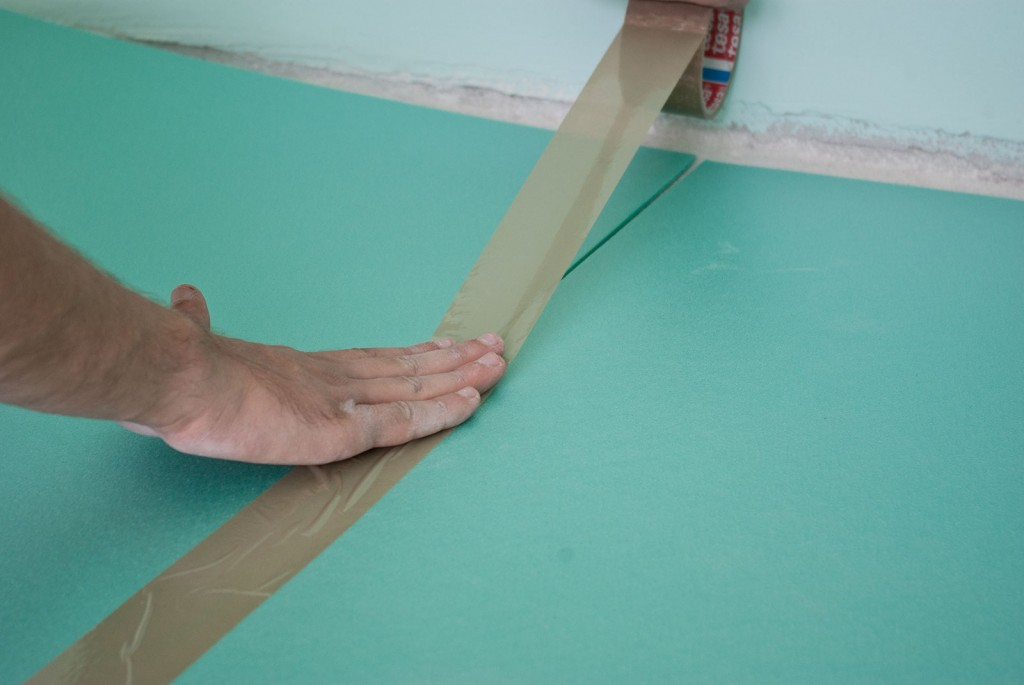 How to install underlay for laminate flooring