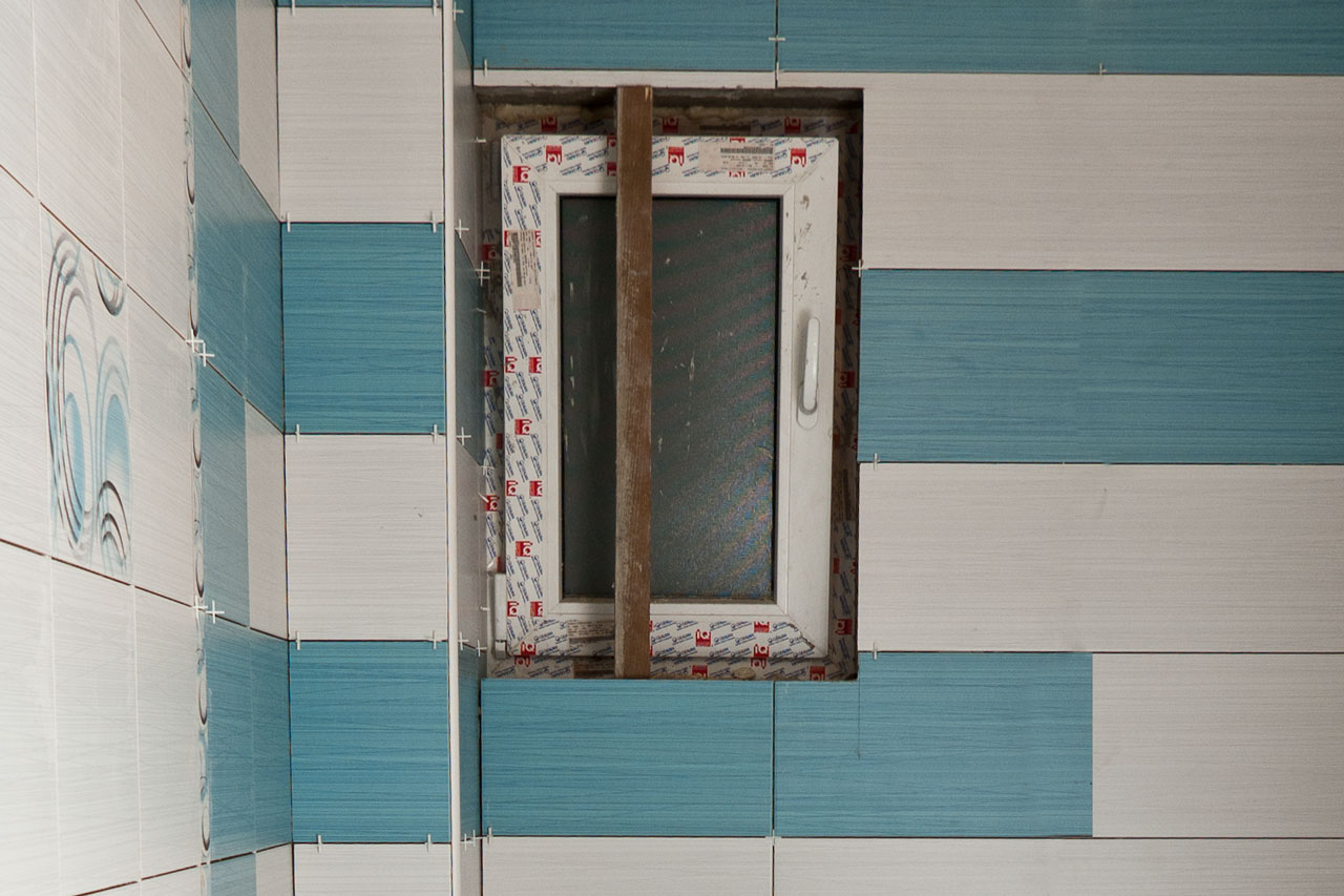 How To Tile Around Window Howtospecialist How To Build