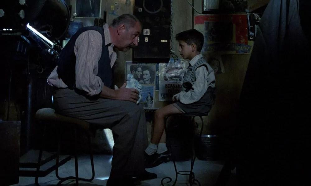 """""""Cinema Paradiso"""", película emocionante para ver una y mil veces."""