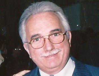 Roberto Sánchez - Ex Juez de la Exma. Cámara de Apelaciones en lo Civil y Comercial de Mercedes.- Ex vocal - Colegio de Magistrados de Mercedes. Jubilado.