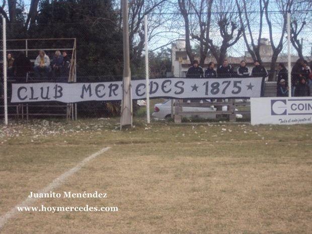 Hinchada Club Mercedes