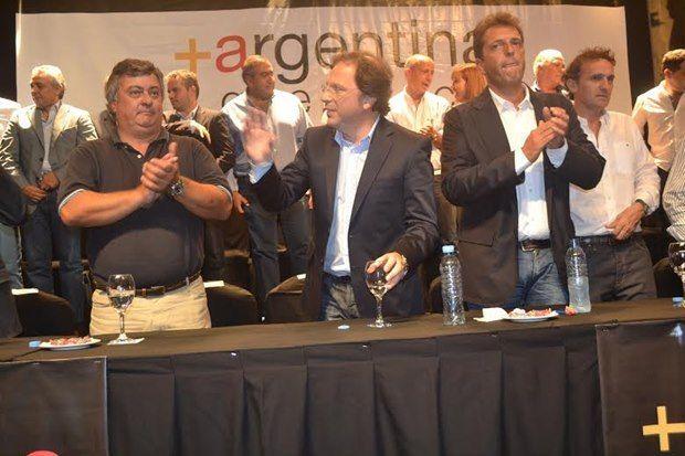 Selva lamentó el alejamiento de Giustozzi, pero, criticó la postura que tomó por que «no bajamos otro candidato»