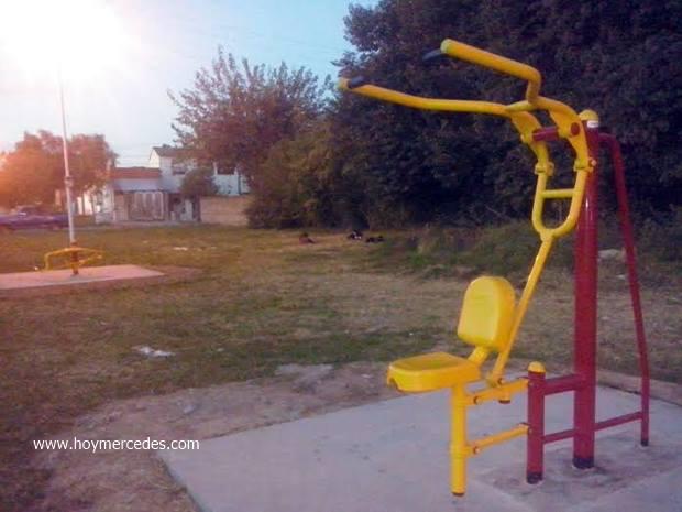 Barrio Esperanza: ya instalaron los equipos para nueva plaza de la salud