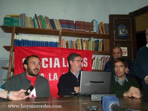 Jorge Rivas en Mercedes y presentación de adhesión del Socialismo para la Victoria al FMPV