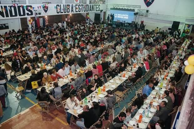 Unas 1500 personas se dieron cita en la cena benéfica para los clubes de la ciudad