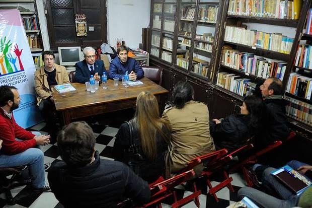 """Junto a fomentistas, Pisano y Ustarroz presentaron el programa """"Presupuesto Participativo"""""""