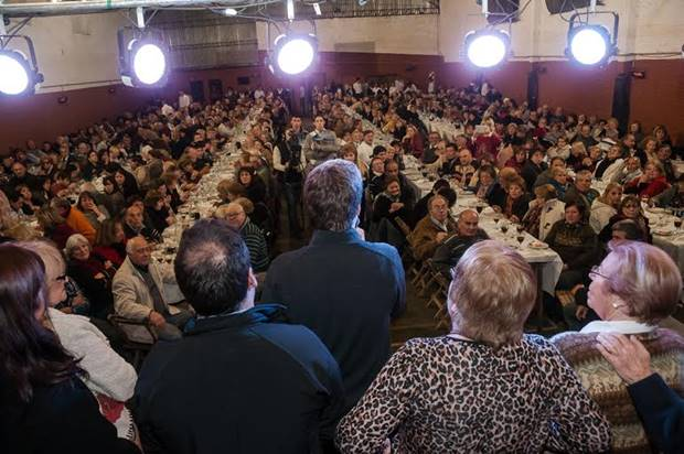 Ustarroz recibió el apoyo de casi 800 abuelos mercedinos