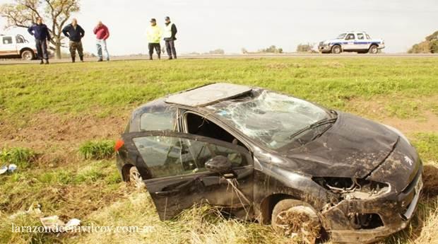 Accidentes en Ruta N°5: triple choque en Luján y vuelco en Chivilcoy