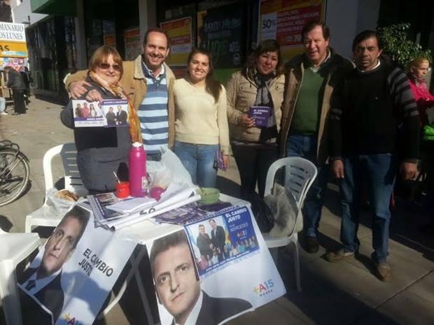 Denapole, desde el Frente Renovador, acelera la campaña a la intendente