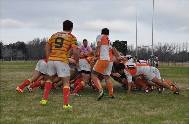 Mercedes Rugby ganó a Berazategui de local y continúa primero