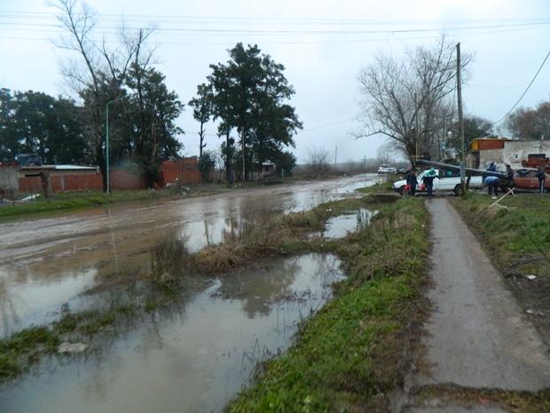 620-inundacion-13.08.15-mercedes001