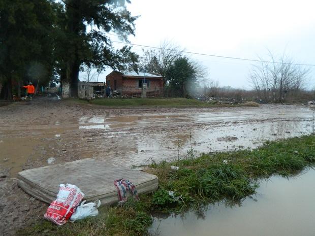 620-inundacion-13.08.15-mercedes002