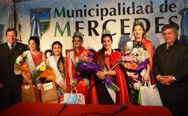 Dalma Verdúm se coronó Reina de la Fiesta Nacional del Salame Quintero