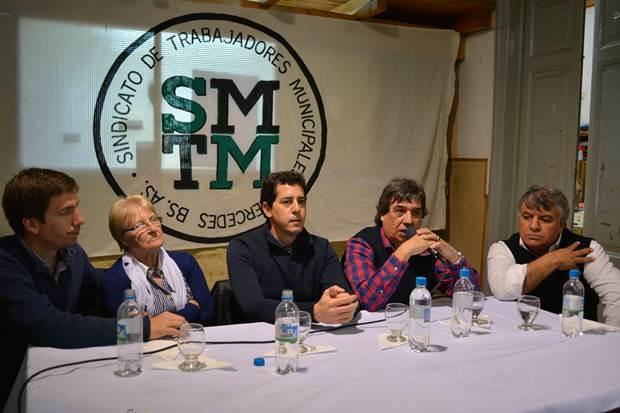 De Pedro: «Los trabajadores municipales van a mantener sus puestos de trabajo»