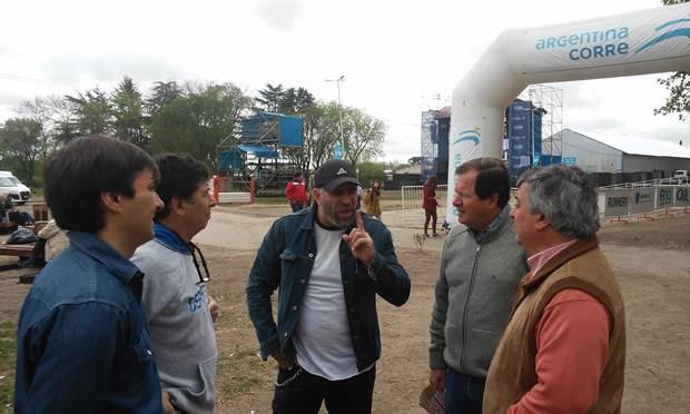 Selva se puso a disposición del «Argentina corre» y visitó La Trocha