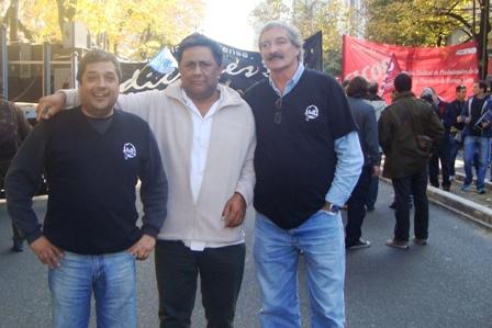 Sindicatos mercedinos en la marcha contra el ajuste provincial