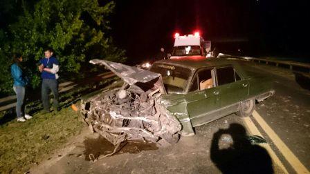 Un auto y una camioneta colisionaron en Ruta 5 km 114