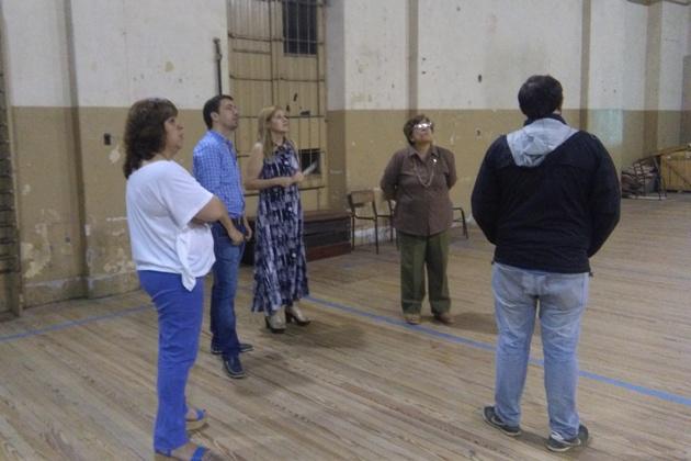 Recorrida planificando obras en Escuela Normal