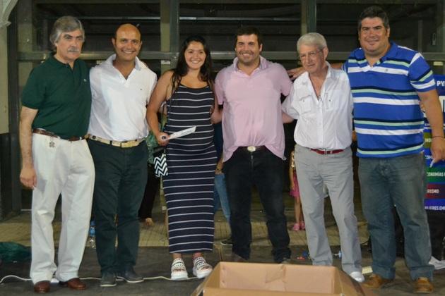 Los comerciantes organizaron su V Fiesta premiando a sus clientes