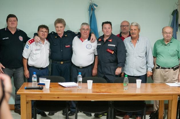 Roberto Ferrari reconocido por la Federación Provincial de Bomberos