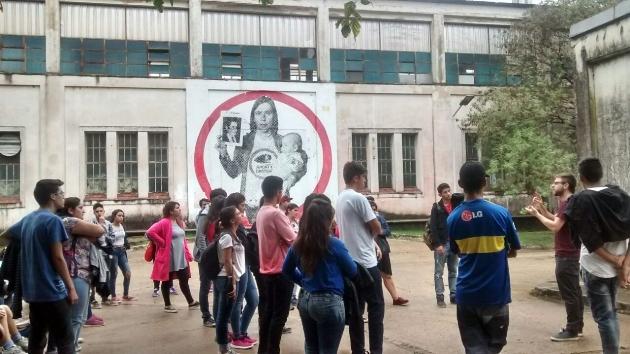 Jóvenes de Envión recorrieron el sitio de la Memoria en Ex ESMA