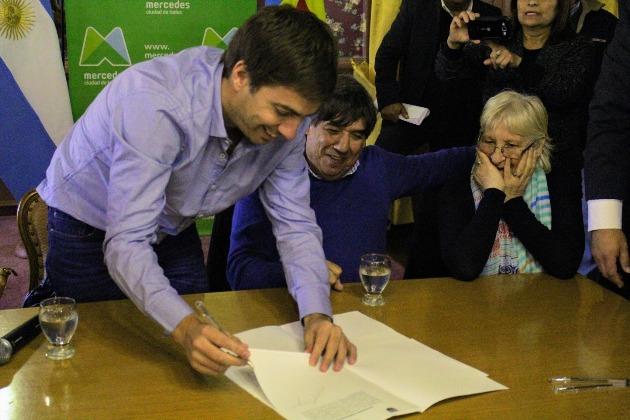 Municipio firmó convenio paritario con gremios de municipales
