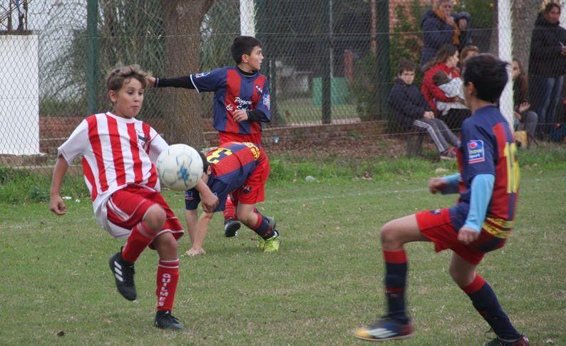 Estudiantes, Los Palometas, Juventud y Los Vascos jugarán un torneo en Chivilcoy