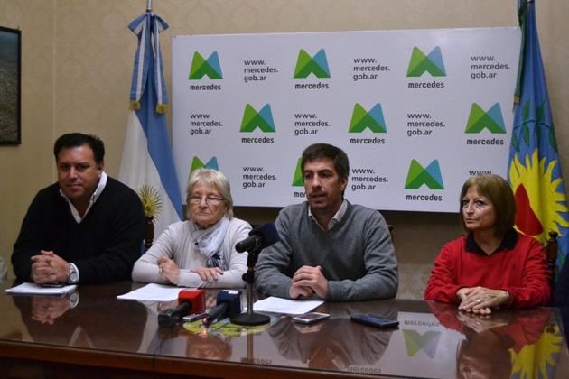 Ustarroz anunció nuevos beneficios para todos los trabajadores municipales